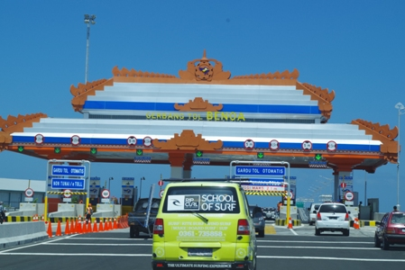 Toll Road 02