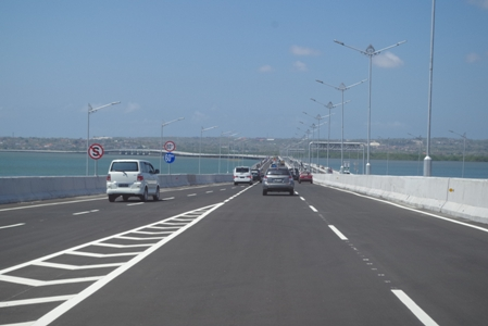Toll Road 04