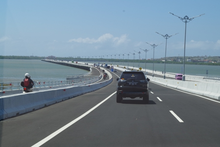 Toll Road 05