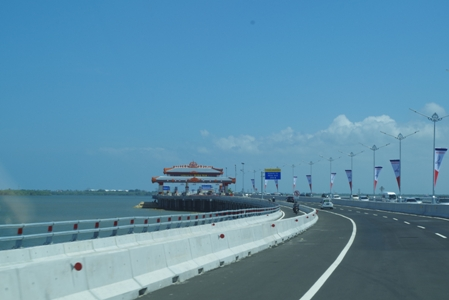 Toll Road 08